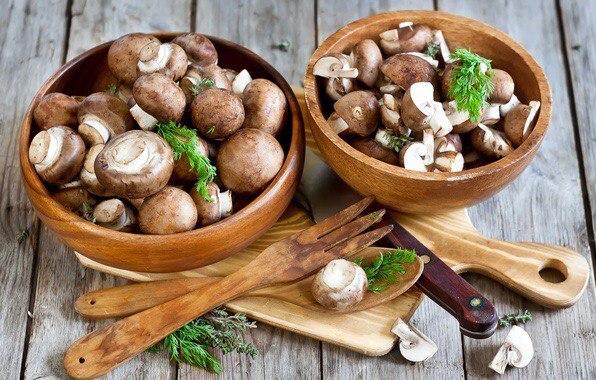 Marinated mushrooms and onion with Cedar Nut Oil
